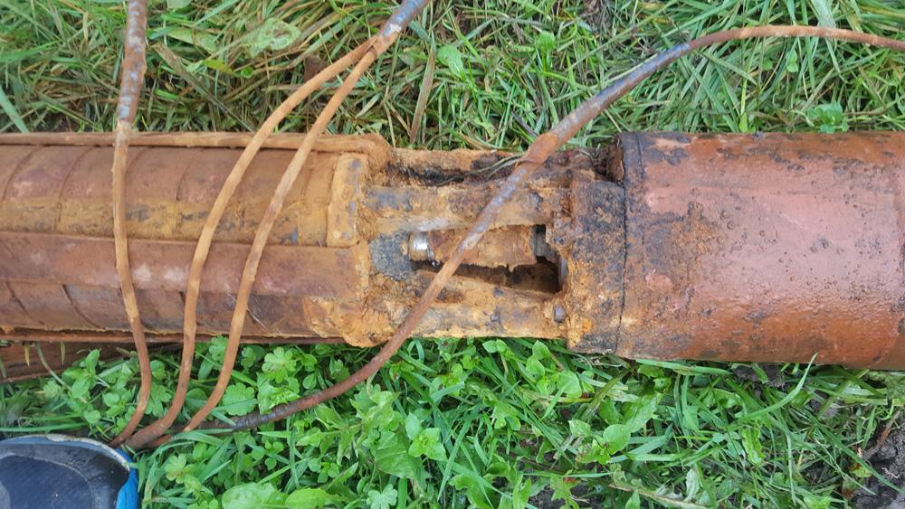 Поднятие насоса из скважины после обрыва трубы